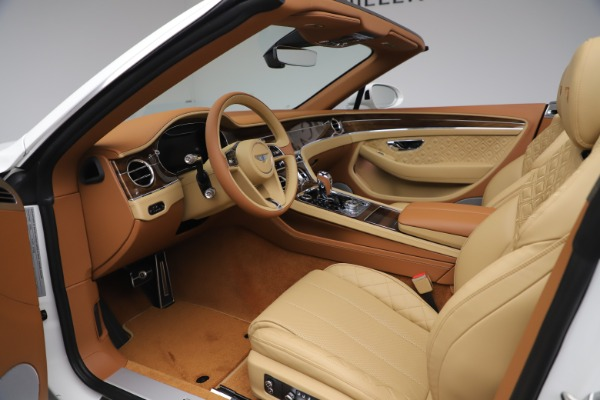 New 2020 Bentley Continental GTC V8 for sale $279,560 at Maserati of Greenwich in Greenwich CT 06830 27
