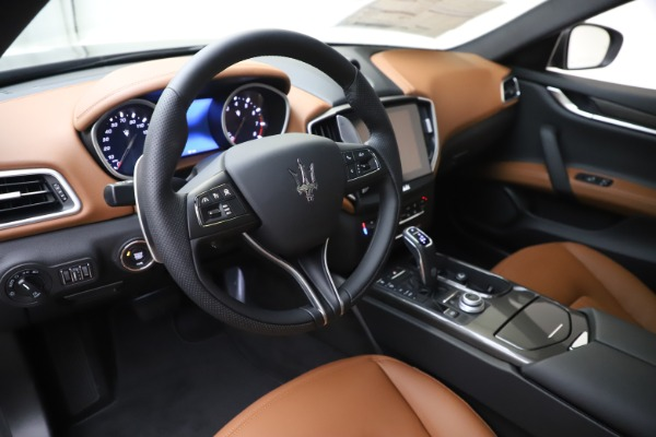 New 2020 Maserati Ghibli S Q4 for sale Sold at Maserati of Greenwich in Greenwich CT 06830 13
