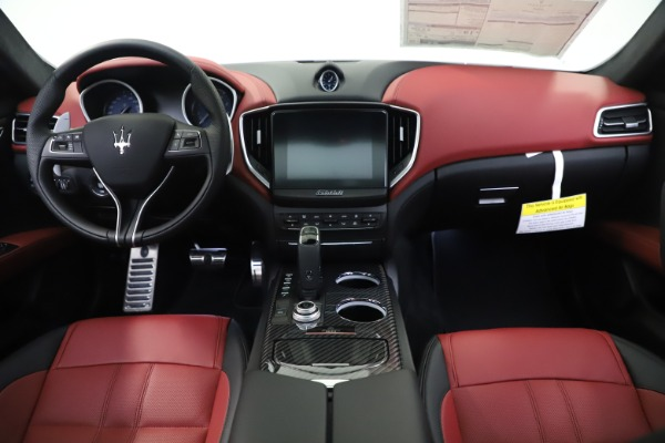 New 2020 Maserati Ghibli S Q4 GranSport for sale $94,785 at Maserati of Greenwich in Greenwich CT 06830 16