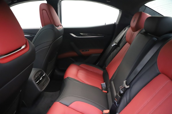 New 2020 Maserati Ghibli S Q4 GranSport for sale Sold at Maserati of Greenwich in Greenwich CT 06830 19