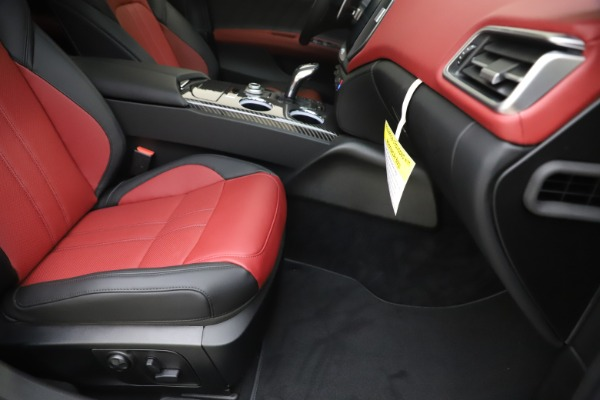 New 2020 Maserati Ghibli S Q4 GranSport for sale Sold at Maserati of Greenwich in Greenwich CT 06830 24