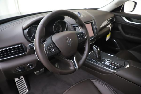 New 2020 Maserati Levante Q4 GranLusso for sale $87,885 at Maserati of Greenwich in Greenwich CT 06830 13