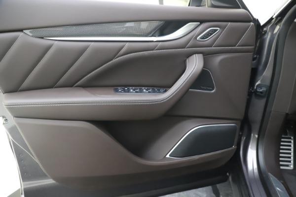 New 2020 Maserati Levante Q4 GranLusso for sale $87,885 at Maserati of Greenwich in Greenwich CT 06830 17
