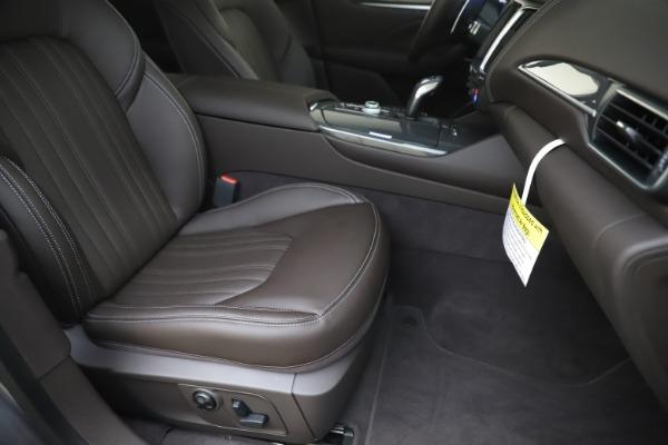 New 2020 Maserati Levante Q4 GranLusso for sale $87,885 at Maserati of Greenwich in Greenwich CT 06830 24