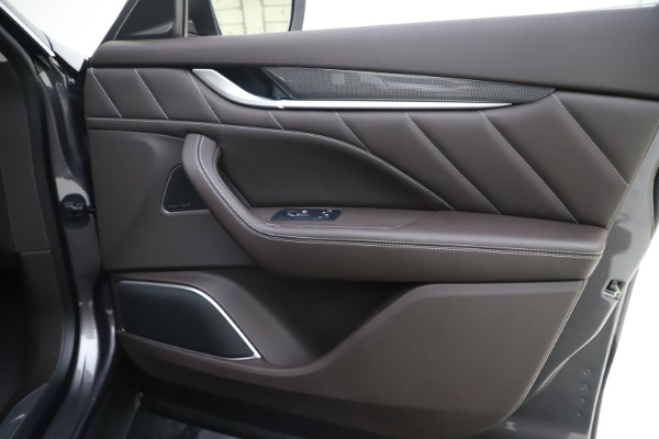 New 2020 Maserati Levante Q4 GranLusso for sale $87,885 at Maserati of Greenwich in Greenwich CT 06830 25