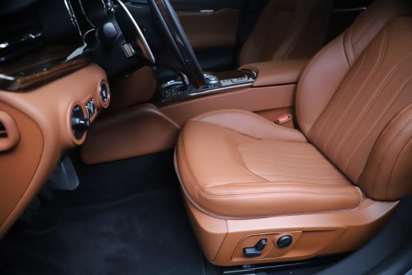 New 2020 Maserati Quattroporte S Q4 GranLusso for sale $117,935 at Maserati of Greenwich in Greenwich CT 06830 15