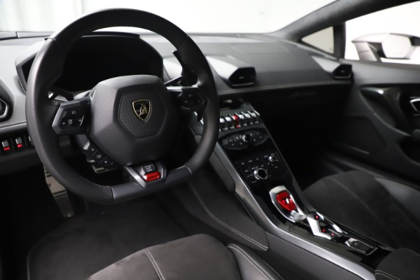 Used 2017 Lamborghini Huracan LP 580-2 for sale Sold at Maserati of Greenwich in Greenwich CT 06830 13