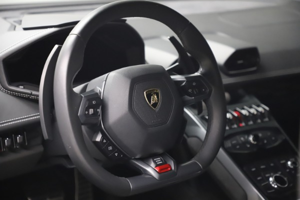 Used 2017 Lamborghini Huracan LP 580-2 for sale Sold at Maserati of Greenwich in Greenwich CT 06830 15