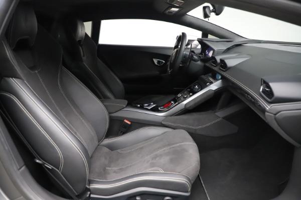 Used 2017 Lamborghini Huracan LP 580-2 for sale $179,900 at Maserati of Greenwich in Greenwich CT 06830 17