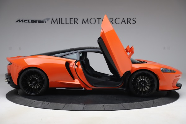 New 2020 McLaren GT Coupe for sale $246,975 at Maserati of Greenwich in Greenwich CT 06830 15