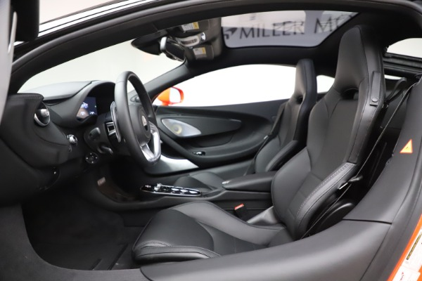 New 2020 McLaren GT Coupe for sale $246,975 at Maserati of Greenwich in Greenwich CT 06830 22