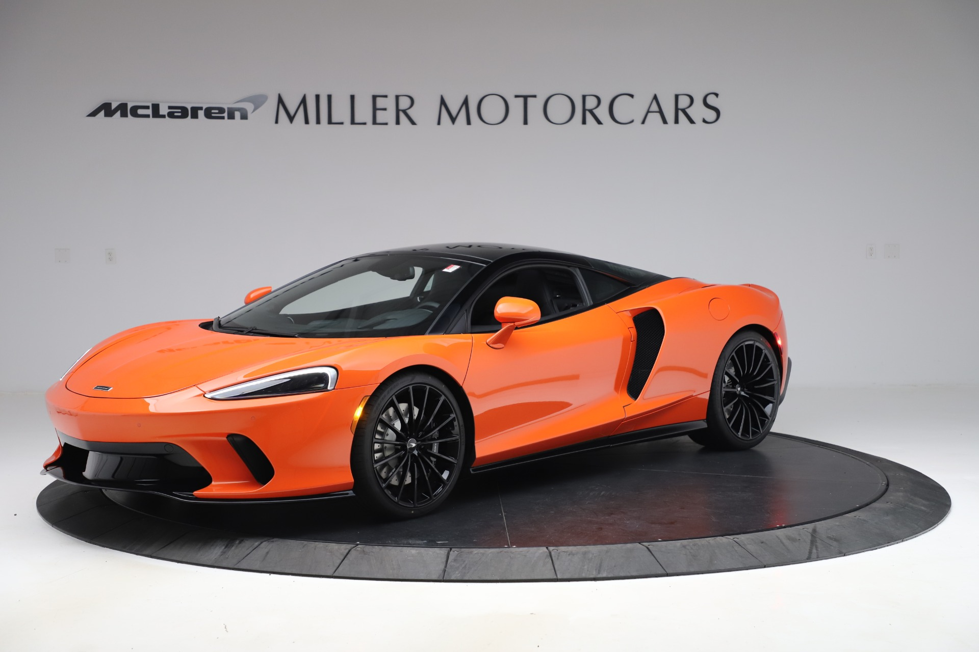 New 2020 McLaren GT Luxe for sale $246,975 at Maserati of Greenwich in Greenwich CT 06830 1