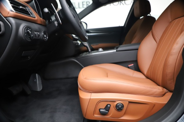 New 2020 Maserati Ghibli S Q4 for sale $85,535 at Maserati of Greenwich in Greenwich CT 06830 14