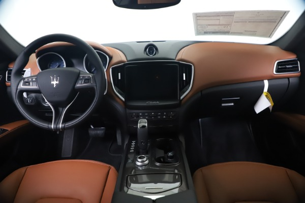 New 2020 Maserati Ghibli S Q4 for sale $85,535 at Maserati of Greenwich in Greenwich CT 06830 16
