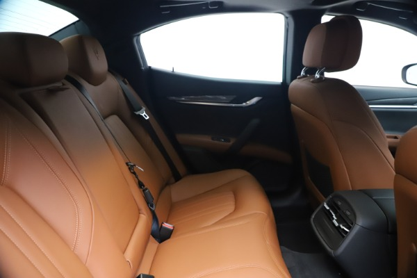 New 2020 Maserati Ghibli S Q4 for sale $85,535 at Maserati of Greenwich in Greenwich CT 06830 27