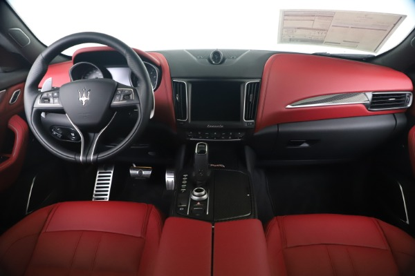 New 2020 Maserati Levante S Q4 GranSport for sale $104,485 at Maserati of Greenwich in Greenwich CT 06830 16