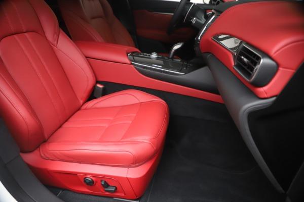 New 2020 Maserati Levante S Q4 GranSport for sale $104,485 at Maserati of Greenwich in Greenwich CT 06830 24