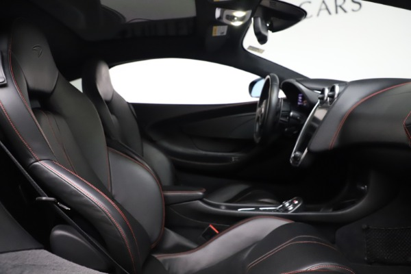Used 2017 McLaren 570GT for sale $145,900 at Maserati of Greenwich in Greenwich CT 06830 13