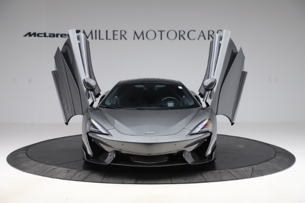 Used 2017 McLaren 570GT for sale $145,900 at Maserati of Greenwich in Greenwich CT 06830 7