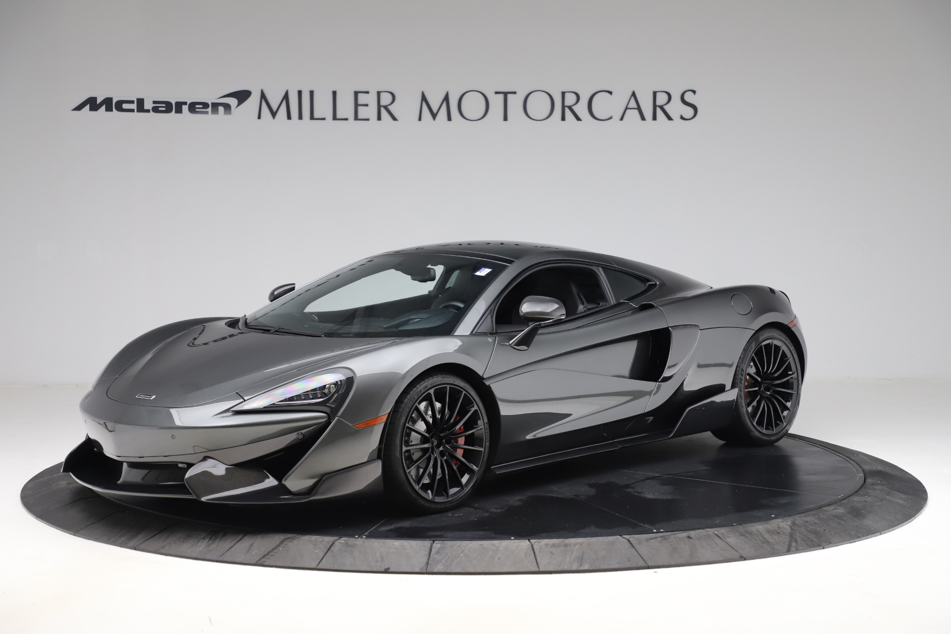 Used 2017 McLaren 570GT for sale $145,900 at Maserati of Greenwich in Greenwich CT 06830 1