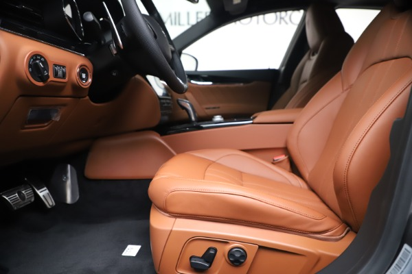 New 2020 Maserati Quattroporte S Q4 GranSport for sale $120,285 at Maserati of Greenwich in Greenwich CT 06830 14