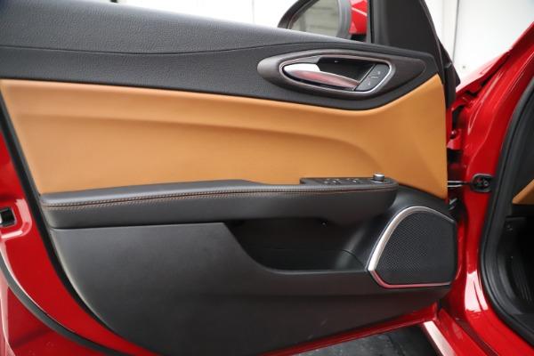 New 2020 Alfa Romeo Giulia Ti Q4 for sale $47,195 at Maserati of Greenwich in Greenwich CT 06830 17