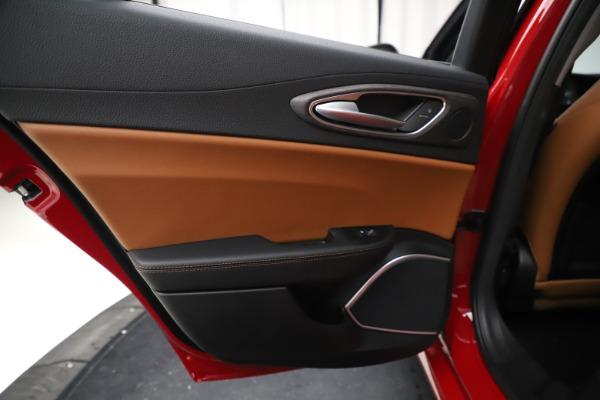 New 2020 Alfa Romeo Giulia Ti Q4 for sale $47,195 at Maserati of Greenwich in Greenwich CT 06830 21