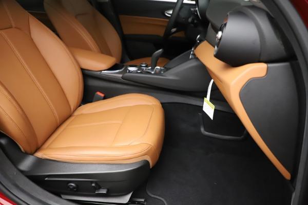New 2020 Alfa Romeo Giulia Ti Q4 for sale $47,195 at Maserati of Greenwich in Greenwich CT 06830 24