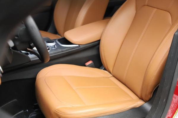 Used 2020 Alfa Romeo Giulia Q4 for sale $34,900 at Maserati of Greenwich in Greenwich CT 06830 15