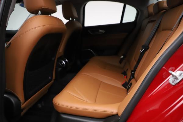 Used 2020 Alfa Romeo Giulia Q4 for sale $34,900 at Maserati of Greenwich in Greenwich CT 06830 16