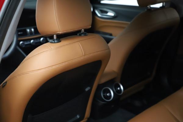 Used 2020 Alfa Romeo Giulia Q4 for sale $34,900 at Maserati of Greenwich in Greenwich CT 06830 18