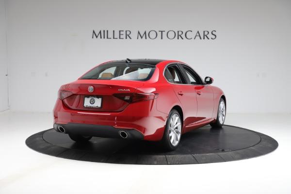 Used 2020 Alfa Romeo Giulia Q4 for sale $34,900 at Maserati of Greenwich in Greenwich CT 06830 7