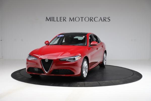Used 2020 Alfa Romeo Giulia Q4 for sale $34,900 at Maserati of Greenwich in Greenwich CT 06830 1