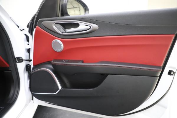 New 2020 Alfa Romeo Giulia Ti Sport Q4 for sale $51,995 at Maserati of Greenwich in Greenwich CT 06830 26