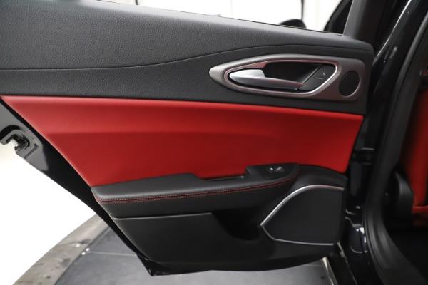 New 2020 Alfa Romeo Giulia Ti Sport Q4 for sale Sold at Maserati of Greenwich in Greenwich CT 06830 21