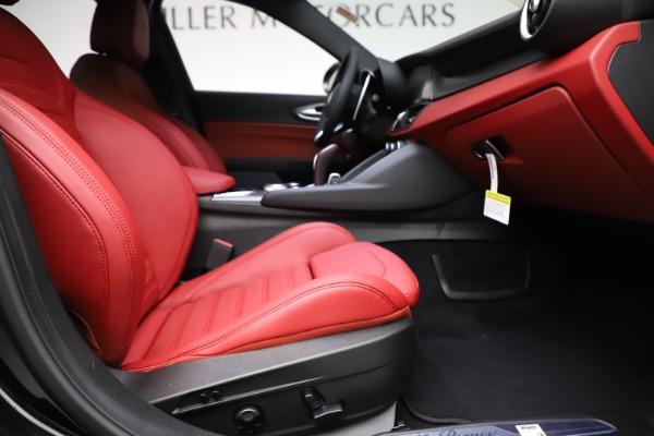 New 2020 Alfa Romeo Giulia Ti Sport Q4 for sale Sold at Maserati of Greenwich in Greenwich CT 06830 23