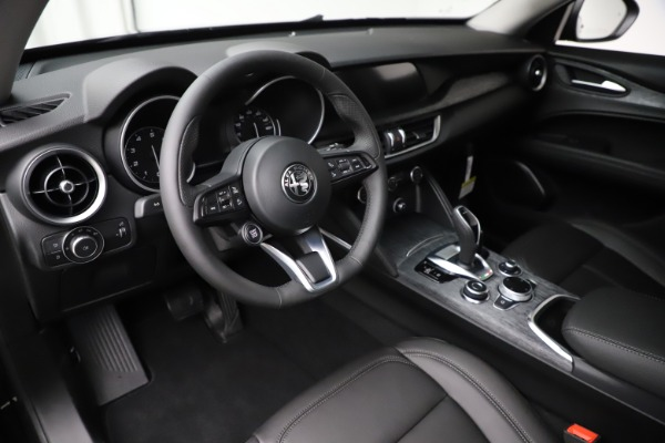 New 2020 Alfa Romeo Stelvio Sport Q4 for sale Sold at Maserati of Greenwich in Greenwich CT 06830 13