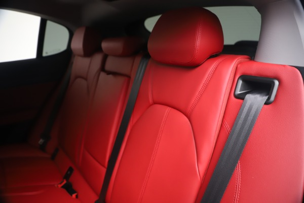 New 2020 Alfa Romeo Stelvio Sport Q4 for sale $50,195 at Maserati of Greenwich in Greenwich CT 06830 18