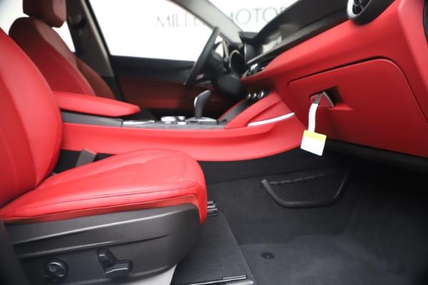 New 2020 Alfa Romeo Stelvio Sport Q4 for sale $50,195 at Maserati of Greenwich in Greenwich CT 06830 23