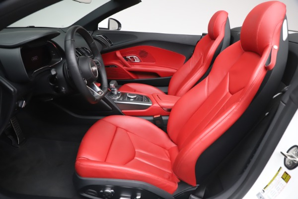 Used 2017 Audi R8 5.2 quattro V10 Spyder for sale Call for price at Maserati of Greenwich in Greenwich CT 06830 20