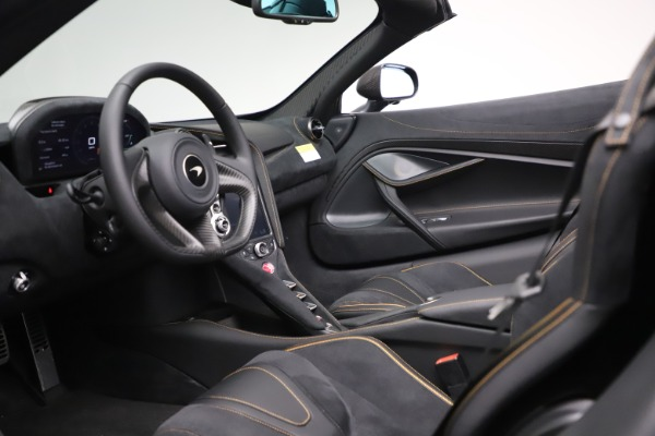 New 2020 McLaren 720S Spider Performance for sale $384,930 at Maserati of Greenwich in Greenwich CT 06830 22