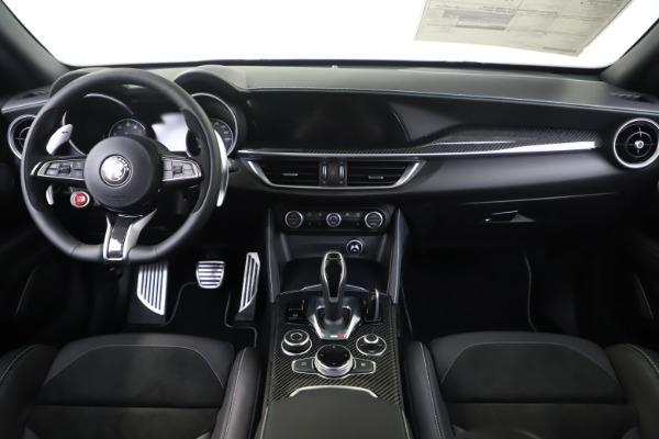 New 2020 Alfa Romeo Stelvio Quadrifoglio for sale $88,845 at Maserati of Greenwich in Greenwich CT 06830 16