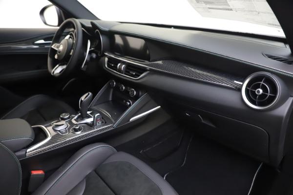 New 2020 Alfa Romeo Stelvio Quadrifoglio for sale $88,845 at Maserati of Greenwich in Greenwich CT 06830 22