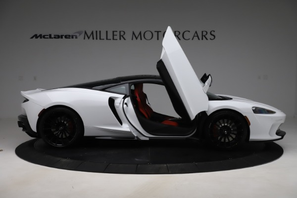 New 2020 McLaren GT Coupe for sale $257,242 at Maserati of Greenwich in Greenwich CT 06830 15