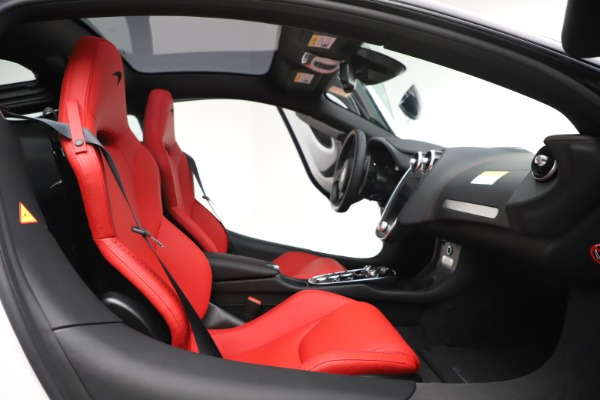 New 2020 McLaren GT Coupe for sale $257,242 at Maserati of Greenwich in Greenwich CT 06830 20