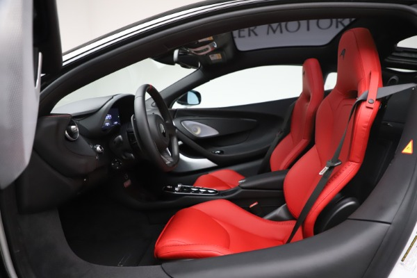 New 2020 McLaren GT Coupe for sale $257,242 at Maserati of Greenwich in Greenwich CT 06830 22