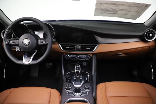 New 2020 Alfa Romeo Giulia Ti Q4 for sale $51,145 at Maserati of Greenwich in Greenwich CT 06830 16