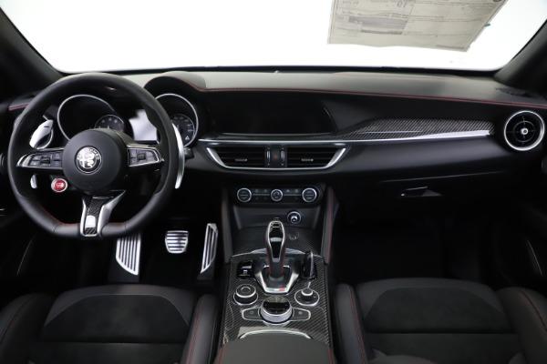 New 2020 Alfa Romeo Stelvio Quadrifoglio for sale $88,390 at Maserati of Greenwich in Greenwich CT 06830 16