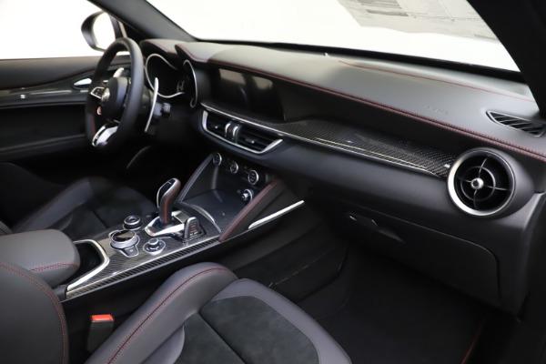 New 2020 Alfa Romeo Stelvio Quadrifoglio for sale $88,390 at Maserati of Greenwich in Greenwich CT 06830 22