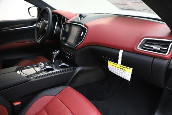New 2020 Maserati Ghibli S Q4 GranSport for sale Sold at Maserati of Greenwich in Greenwich CT 06830 22